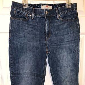 Levi jeans size 12, like new